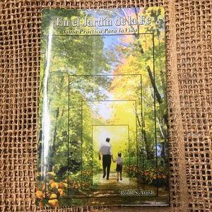 Book En el jardín de la fe in Spanish
